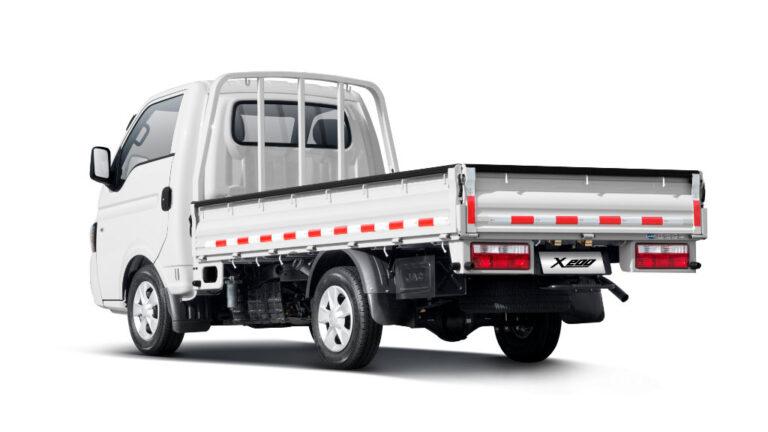 JAC presenta nuevos vehículos comerciales
