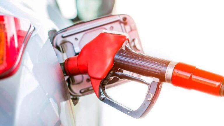 Aprende a consumir menos combustible al manejar