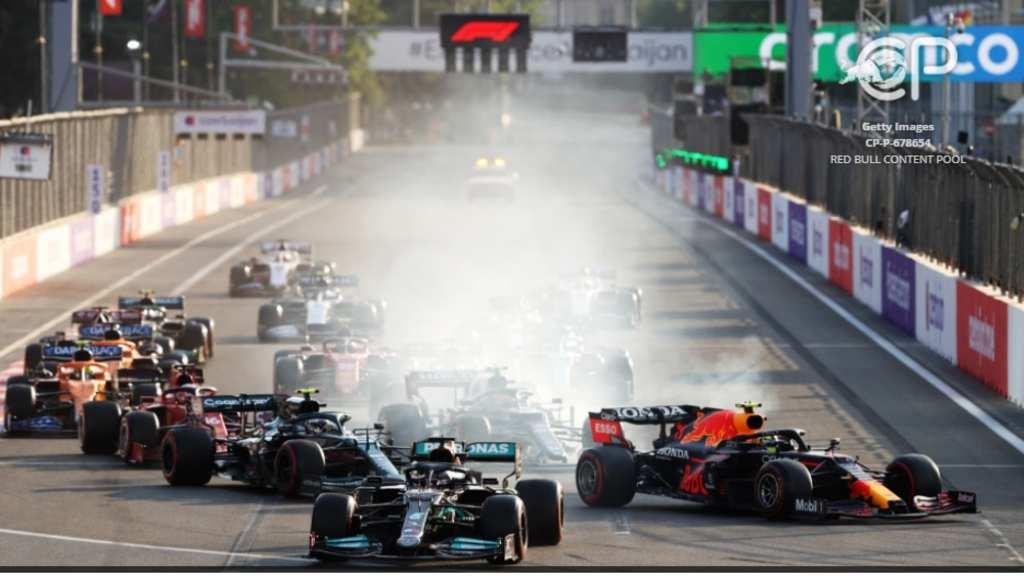 Checo Pérez gana en Azaerbaiyán y Hamilton se va de largo