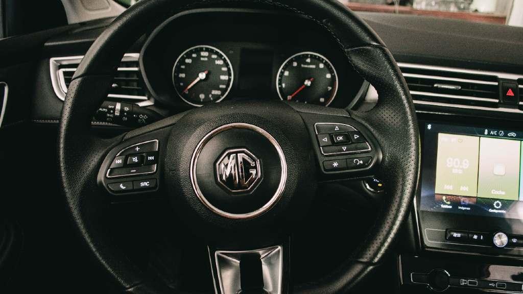 volante mg5